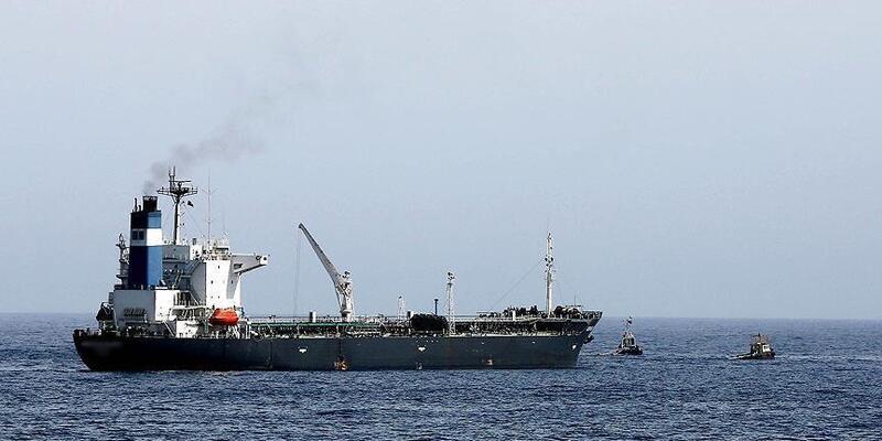 Son Dakika... İran BAE tankerine el koydu