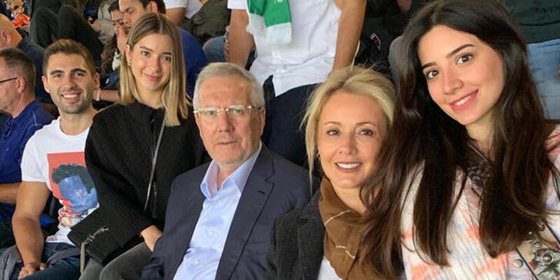 Aziz Yıldırım Chelsea-Liverpool maçını izledi