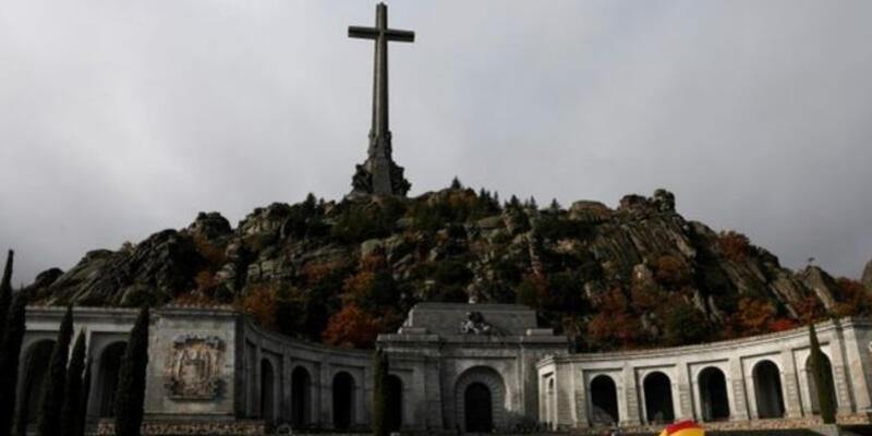 Eski İspanya diktatörü Franco'nun mezarı taşınacak