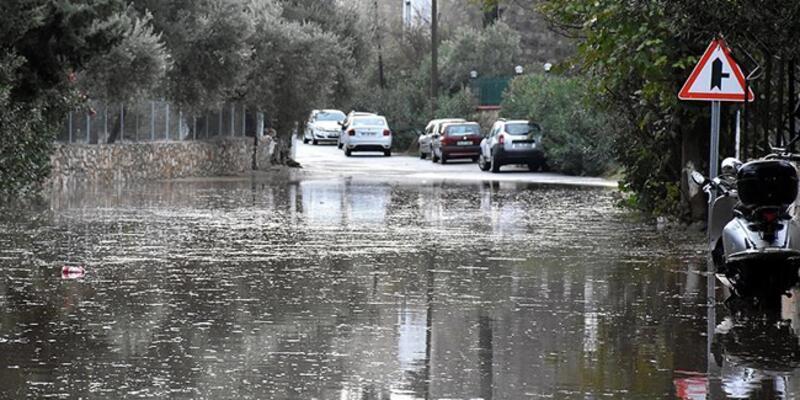 Meteoroloji uyardı: Ani sele karşı dikkatli olun