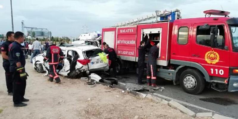 Malatya'da korkunç kaza: 2 ölü, 16 yaralı