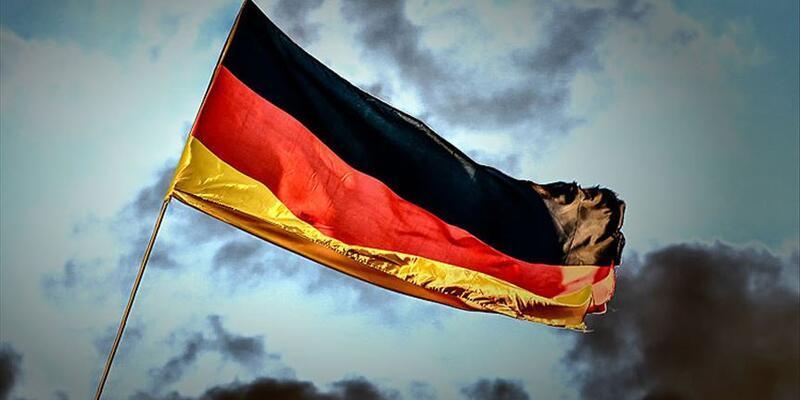 Almanya'da aşırı sağ alarmı! Silahlanıyorlar