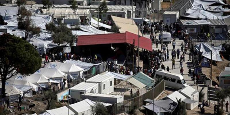 Midilli'deki mülteci kampında bir kadın ve çocuk yanarak öldü