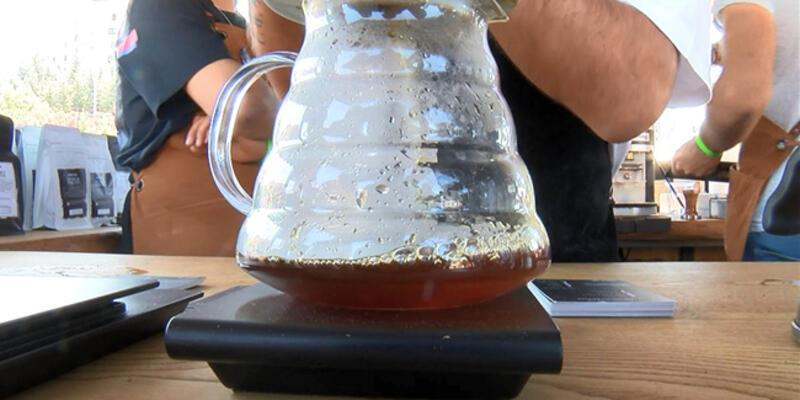 Kilosu 2 bin lira olan kahve ziyaretçilere sunuldu