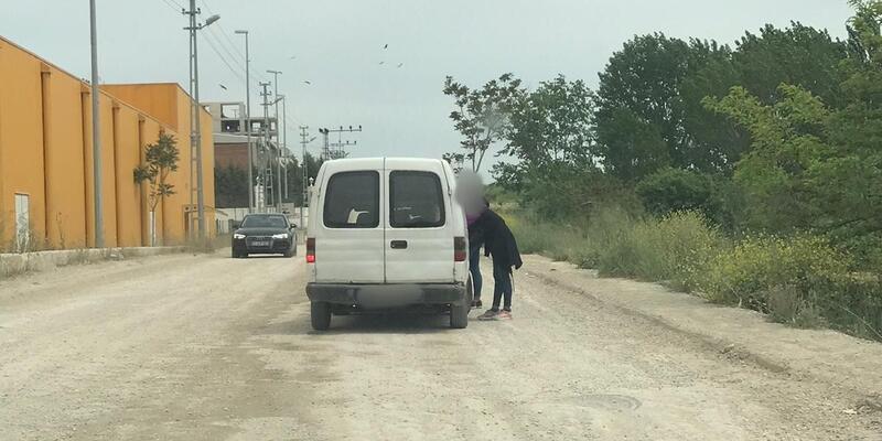 Polis harekete geçti... Yol üzerinde fuhuş pazarlığı