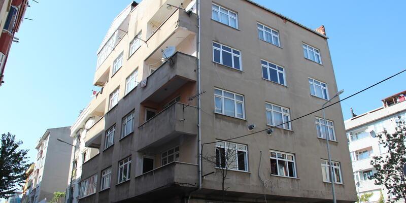 Bağcılar'da 5 katlı bina tahliye edildi