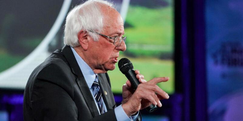 Demokrat Parti'nin Başkan Adayı Bernie Sanders, hastaneye kaldırıldı