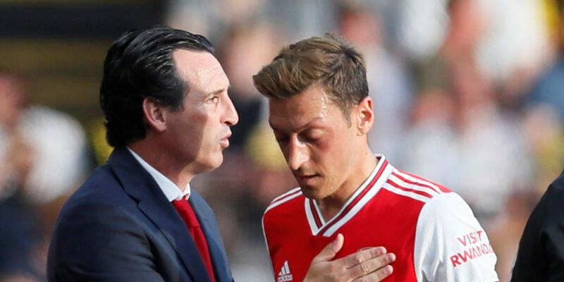Emery, Mesut Özil'i defterden sildi