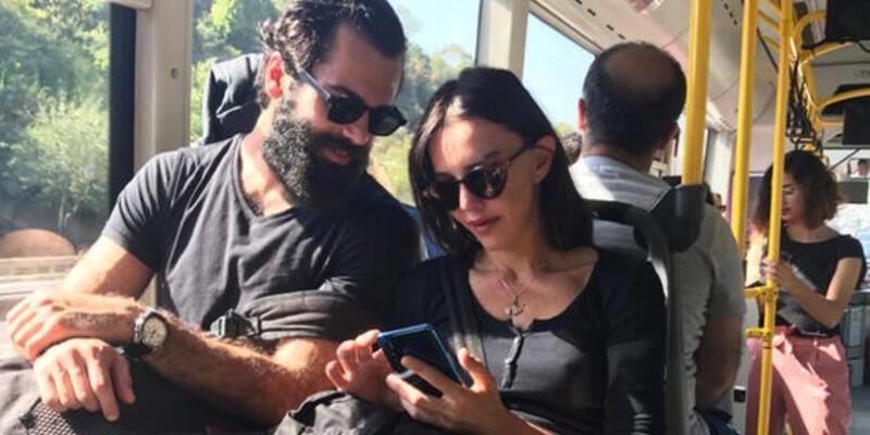 Hande Ataizi sevgilisiyle halk otobüsünde