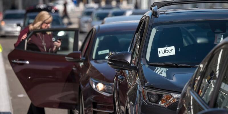 Uber ve Lyft'e ağır yasak geldi