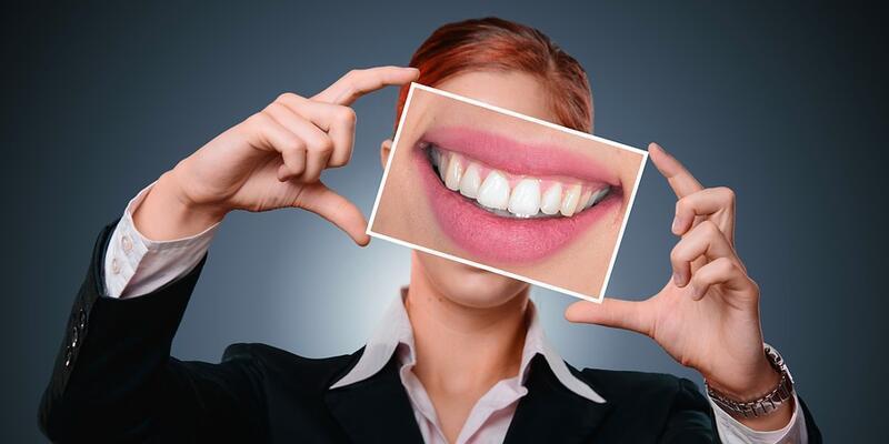 Diş hastalıklarında lazerle tedavi yüz güldürüyor