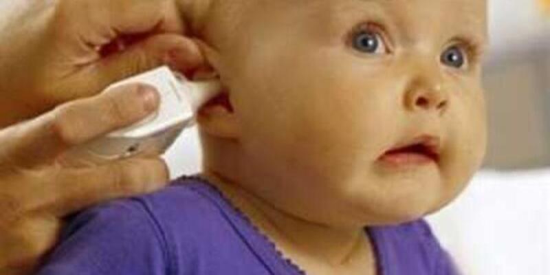 Bebeklerde işitme kaybı konuşma geriliğine neden olabilir