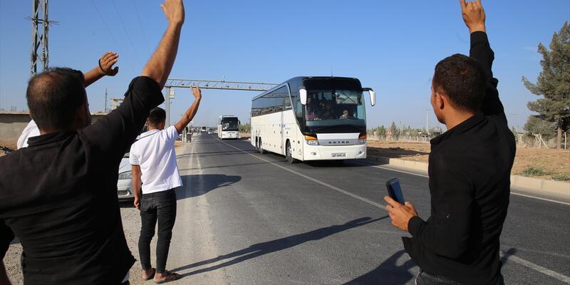 Akçakale'ye sevkiyat sürüyor! Suriye Milli Ordusu mensupları, otobüslerle geldi