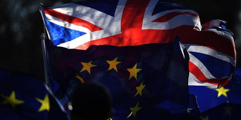 Son dakika: Birleşik Krallık'tan AB vatandaşlarına vize kararı