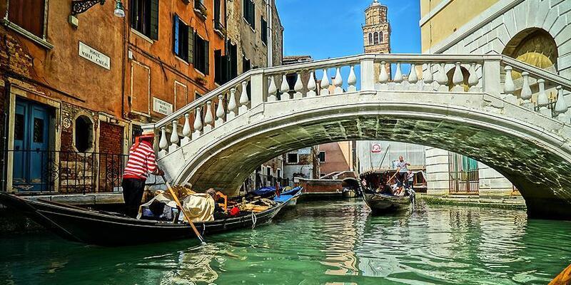 Venedik'e girişler ücretli oluyor