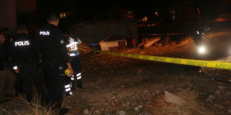 İki kadın arasında silahlı kavga: 2 ölü
