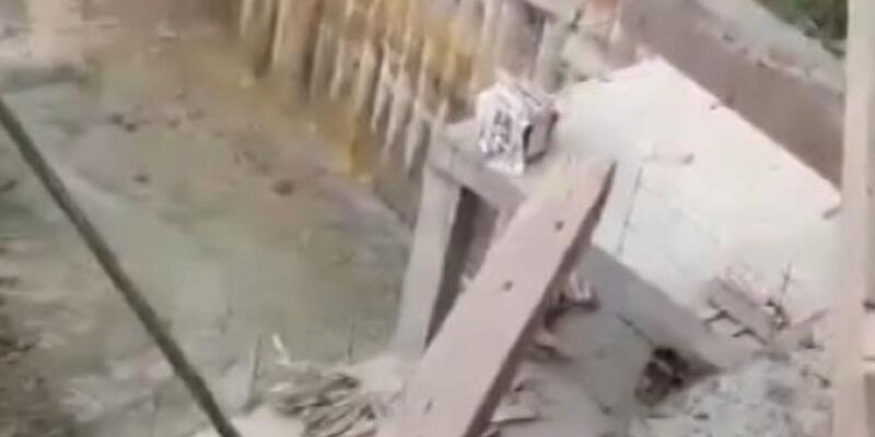 Bağcılar'da istinat duvarı çöktü