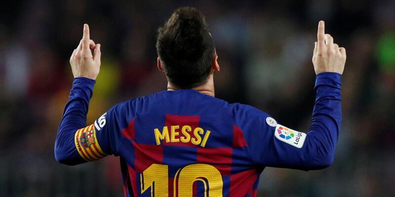 Messi 50. frikik golünü attı