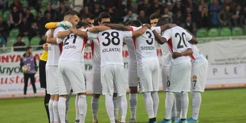 Eskişehirspor'da futbolcular idmana çıkmadı
