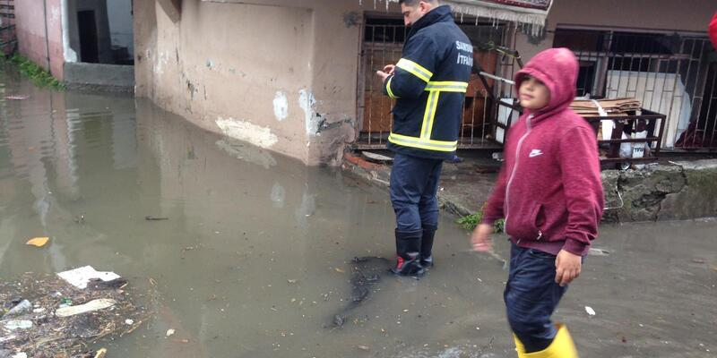 Samsun'da evler sular altında kaldı