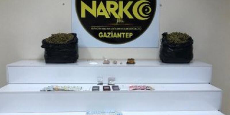 Gaziantep'te uyuşturucuya 17 gözaltı