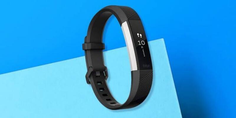 Google Fitbit'i rekor fiyata bünyesine kattı