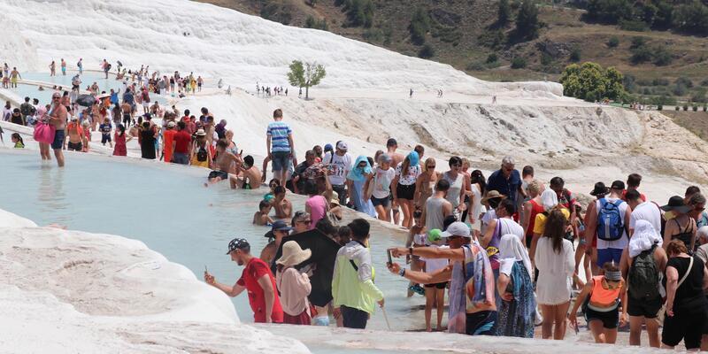 Ara tatil Pamukkale'ye yaradı