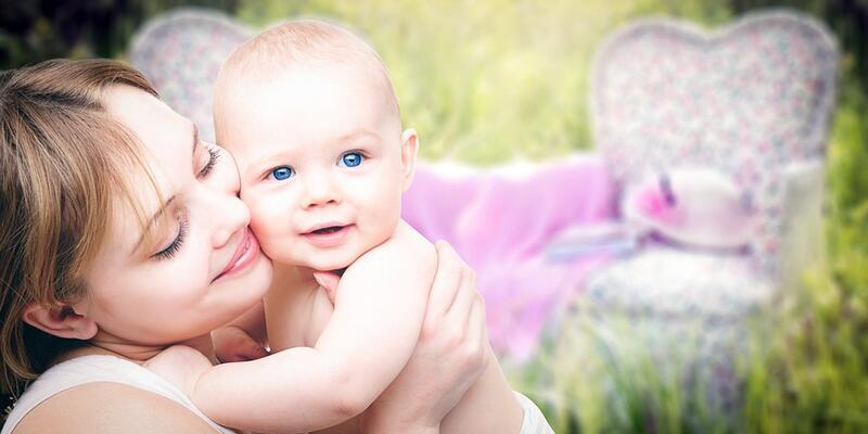 Yeni doğan bebeğinizi internetten tanımayın