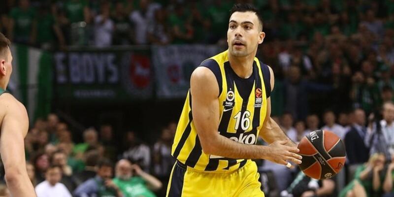 Kostas Sloukas'tan pankart açıklaması