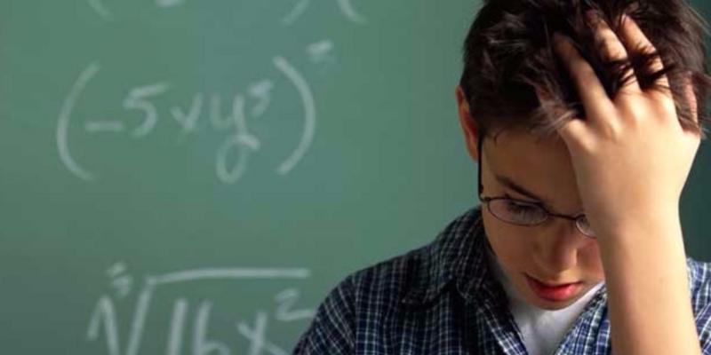 Disleksili çocuğu olan ailelere 6 öneri