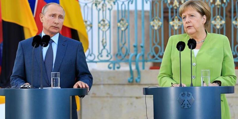 Putin ve Merkel Ukrayna'nın doğusundaki krizi görüştü