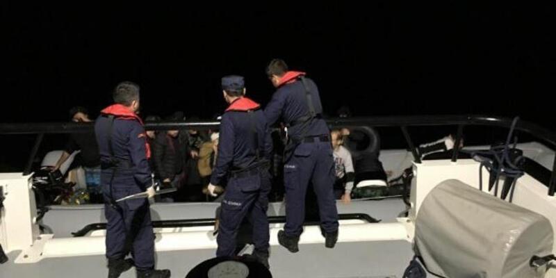 Çeşme açıklarında 68 kaçak göçmen yakalandı