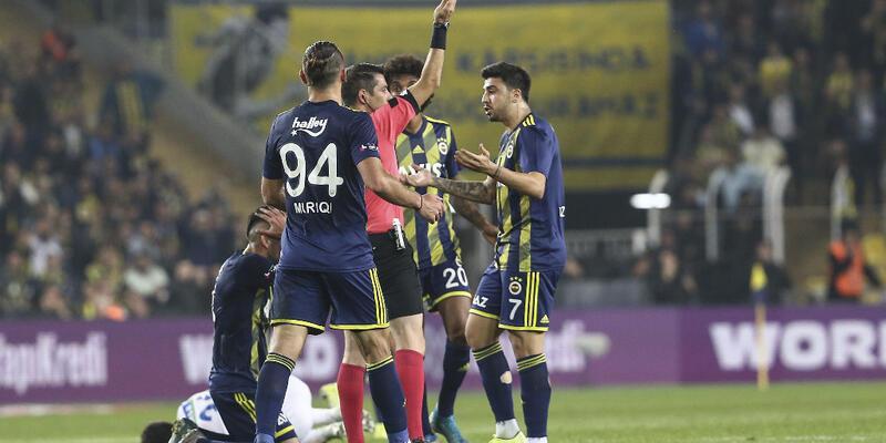 Mauricio Isla ve Abdulkadir Parmak'a 2 maç ceza