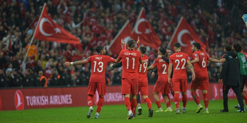 Tur bileti yine İzlanda maçında geldi!