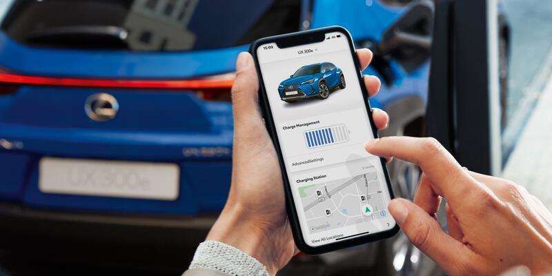 Lexus elektrikliyle 400 km gidiyor