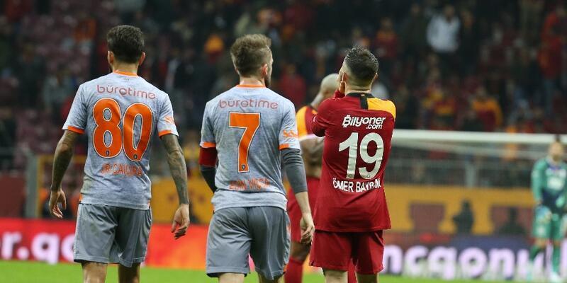 4 futbolcu taraftardan özür diledi