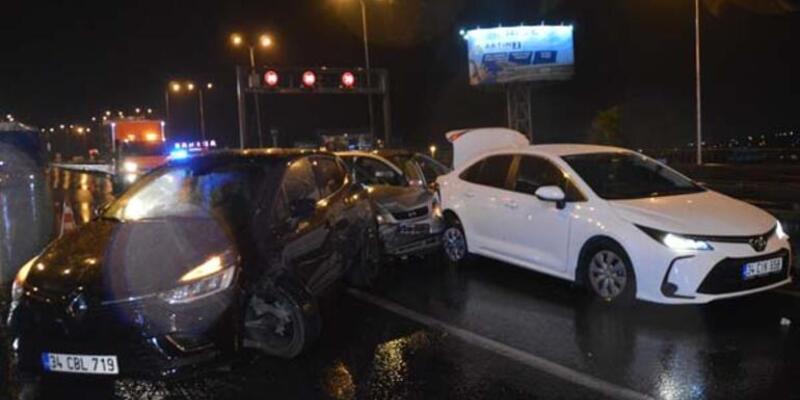 İstanbul'da 11 aracın karıştığı zincirleme trafik kazası