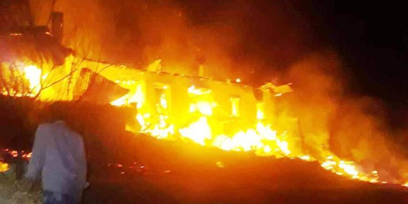 Yaşlı çift, evlerinde çıkan yangında öldü