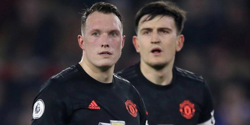 Manchester United 90+1'de yıkıldı
