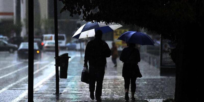 Yunanistan'da kötü hava can aldı
