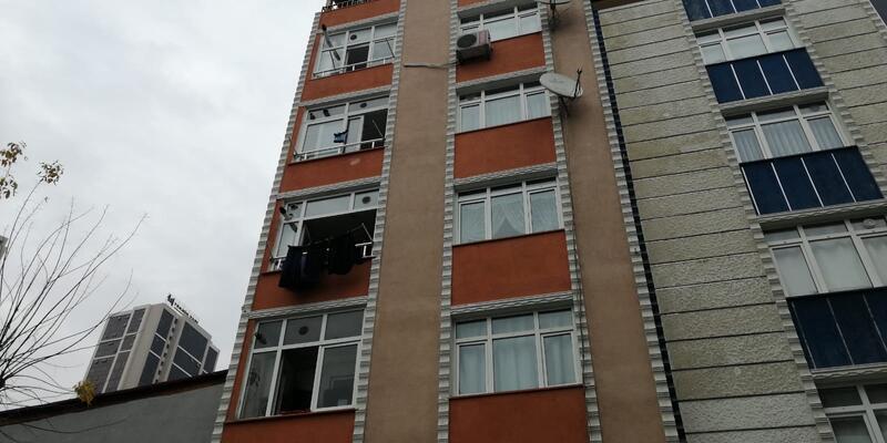 İstanbul'da şoke eden olay... İki kişi beşinci kattan aşağıya atıldı