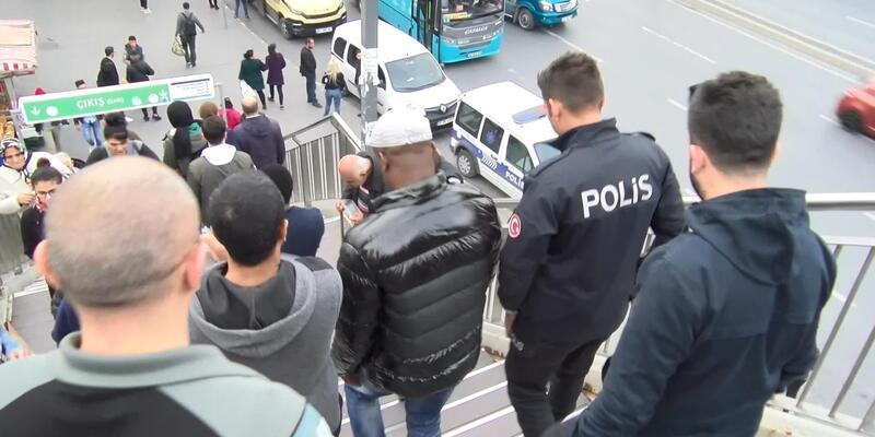 Metrobüste taciz iddiası: Senegal uyruklu iki kişi gözaltına alındı