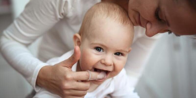 Uzmanı uyardı: İlk süt dişi çıktıktan sonra kontrole getirin