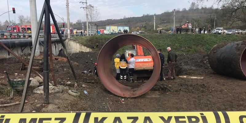 Altyapı çalışmasında göçük: 1 işçi toprak altında kaldı