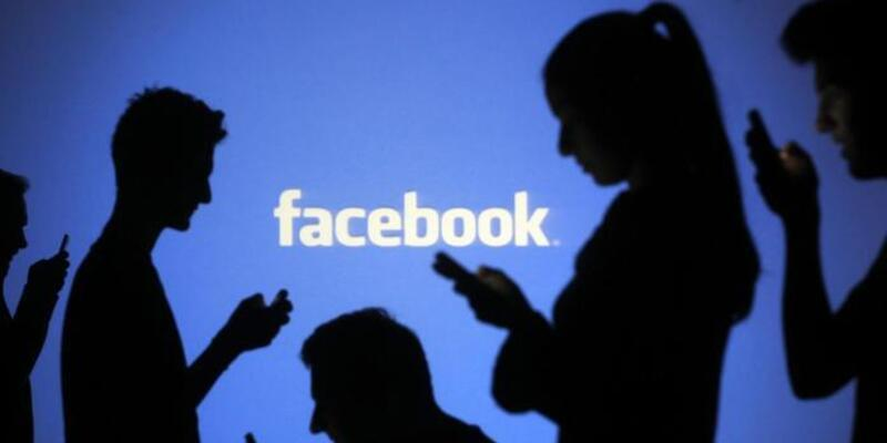 Facebook gece moduna geçtiğinde nasıl görünecek?