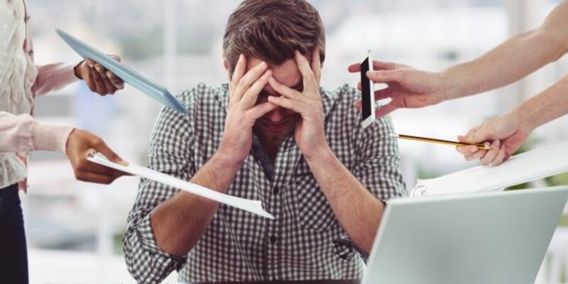 Stres diş sıkmaya sebep oluyor