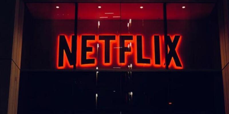 Netflix hesabını kapatmış kullanıcılardan para mı alıyor?