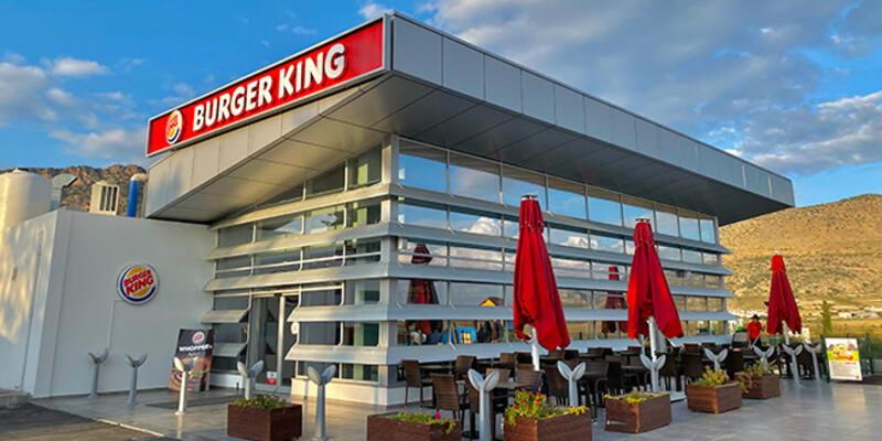 KKTC'de Burger King, Rum ambargosunu deldi