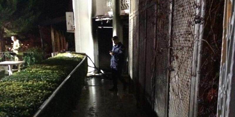 İzmir'de yangın: 2 ölü, 1 yaralı