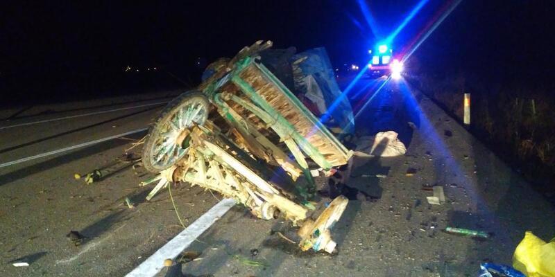 At arabası ile otomobil çarpıştı: 1 ölü